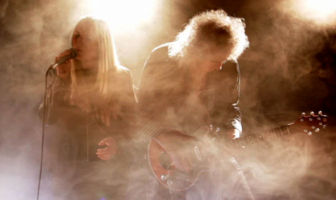 Brian May & Kerry Ellis - One Voice