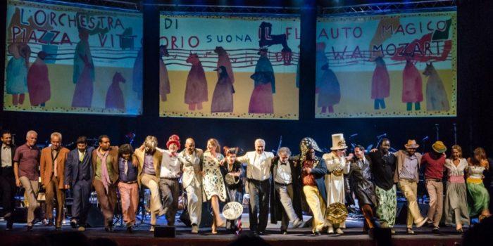 Orchestra Piazza Vittorio - Raul Scebba - Foto di Antonella De Spuces